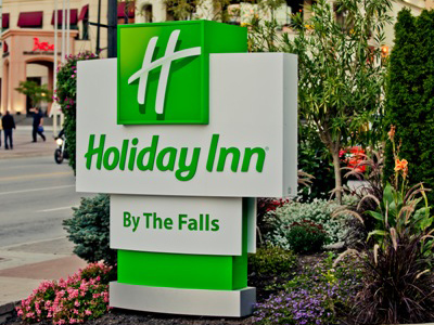 Holiday Inn by the Falls