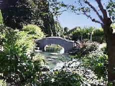 Oakes Garden Theatre Horticultural Architectural