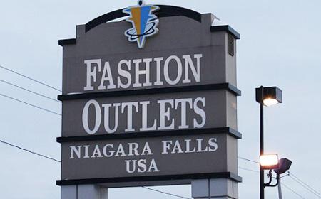 Fashion outlet niagara falls usa 85